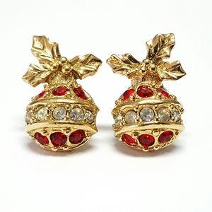 Avon Christmas Ball Ornaments Holly Earrings J41